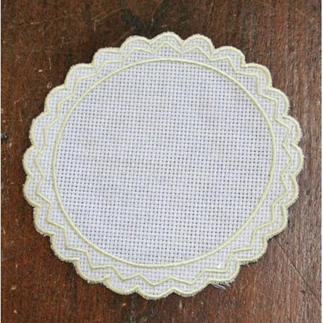 Tondo 1 in Tela Aida - col. Bianco con contorni gialli
