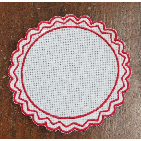 Round 1 in the Aida fabric - col. White contours in red