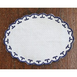 Oval 2-in-Aida fabric - col. White with blue outlines