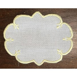 Oval 3-in-Aida fabric - col. White contours in yellow