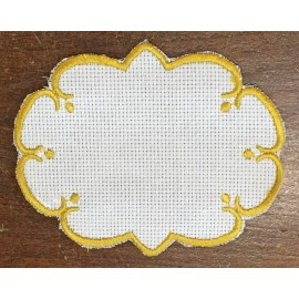 Oval 3-in-Aida fabric - col. White contours in ochre