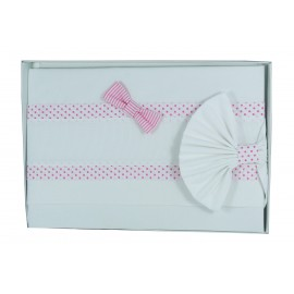 A cover sheet baby cot polka dot