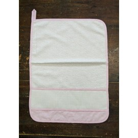 Towel guest with. Pink