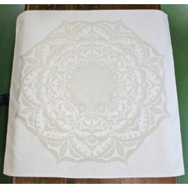 Placemat centerpiece christmas with. White