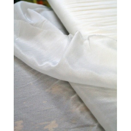 Tela adesiva in maglina col. Bianco