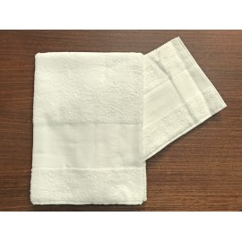 Couple towels from the bathroom, 'Asti' with. Ecru - 100% cotton
