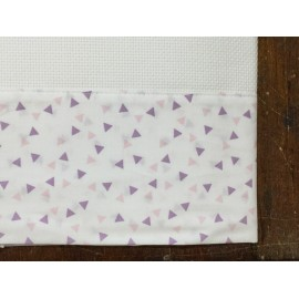 A cover sheet bed triangle pink