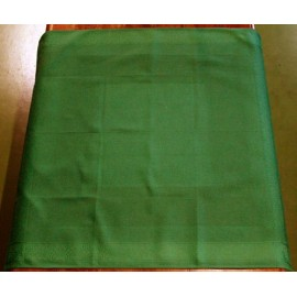 Placemat centerpiece with. Green