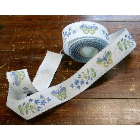 Bordo tela aida 55 fori h 5 cm - Col. Bianco con farfalle
