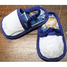 Slippers for children - with. Blue with teddy bear