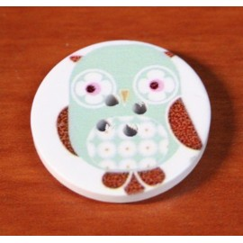 Wooden buttons owls